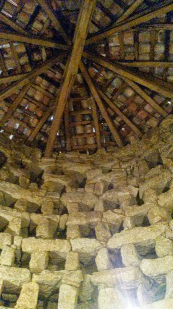 Exterior e interior del palomar