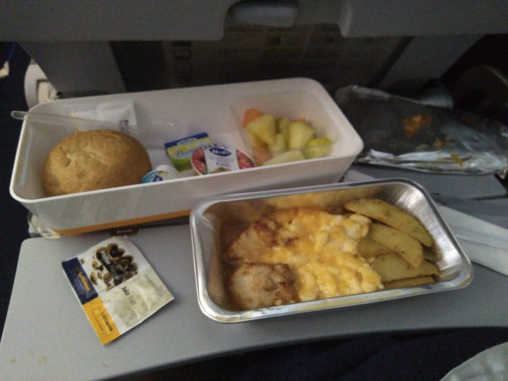 Desayuno del segundo avión
