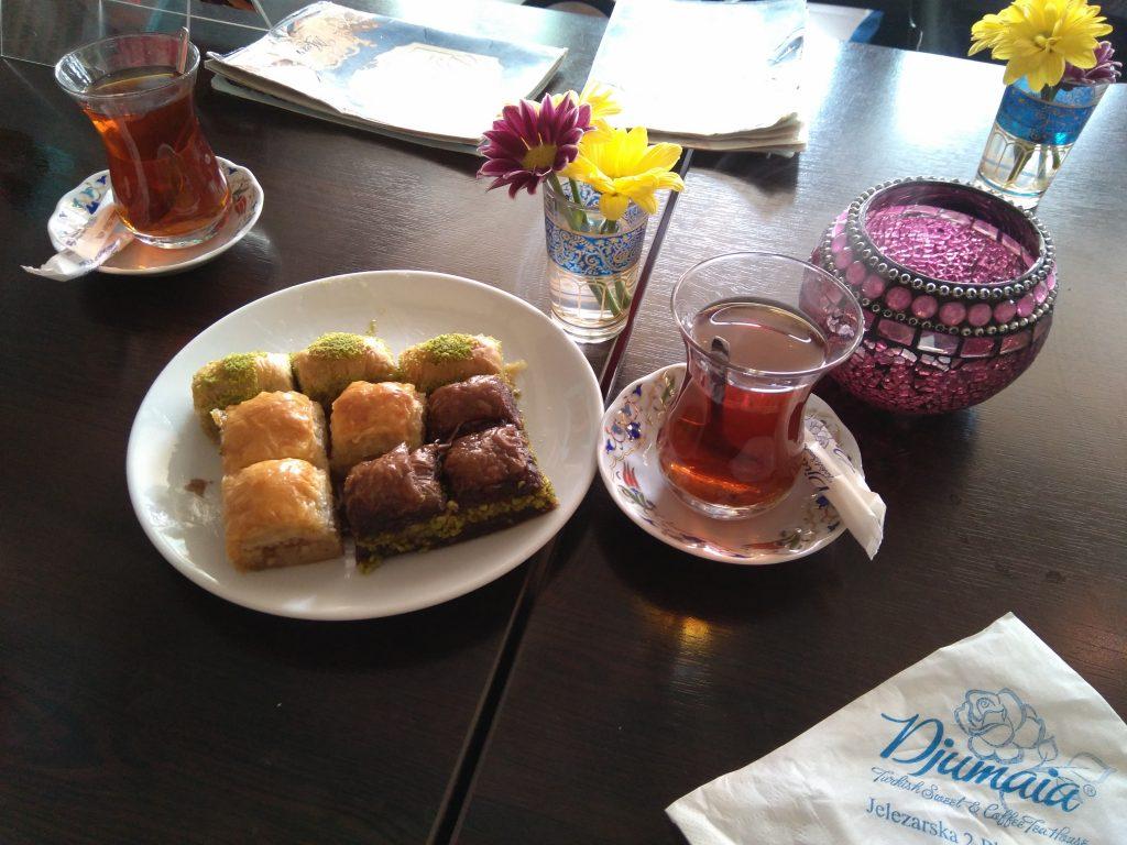 Tetería Djumaia: té y baklava